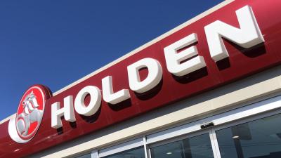 Politicians slam General Motors over Holden dealer compensation