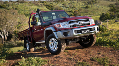 Toyota LandCruiser 70 Series REVIEW | 2016 LandCruiser Ute - Upgraded Safety Highlights Updated Country Workhorse
