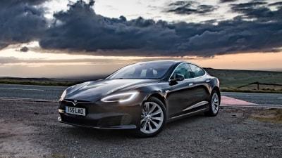 Tesla to ditch steering wheels