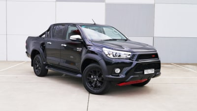 2017 Toyota HiLux SR5 TRD Sports Pack Review | Hey Babe, Take A Walk On The Wildtrack