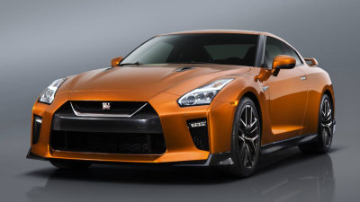 2017 Nissan GT-R Revealed With New Look, New Interior, More Power