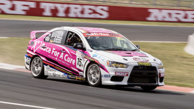 Mitsubishi Lancer Evo to race for breast cancer research at Bathurst