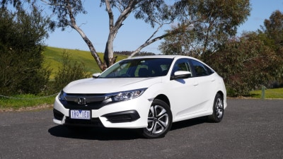 2016 Honda Civic VTi REVIEW | Quality And Solidity... And A Better-Than-Average Driving Feel