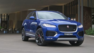 2016 Jaguar F-Pace REVIEW - You're Looking At The F-Type of SUVs
