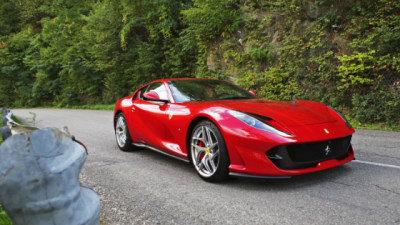 2017-20 Ferrari 812 Superfast recalled over rear window fault