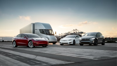 Tesla Semi put to work as California aims for zero truck emissions
