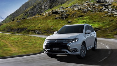 Updated Mitsubishi PHEV revealed