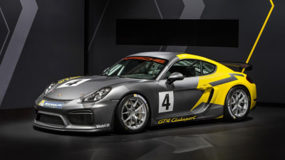 Porsche Cayman GT4 Clubsport Tears Up The Airstrip - Video