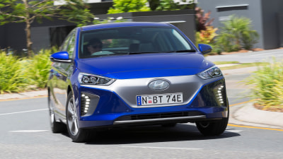 Hyundai Ioniq 2018 new car review