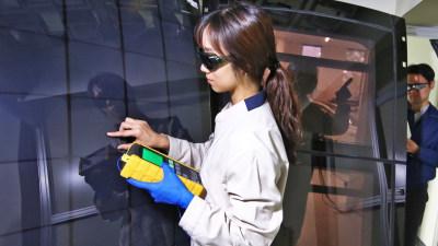 Hyundai reveal solar powered-cars