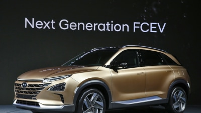 Hyundai Previews Hydrogen-Future With Australia-Bound FE Fuel Cell Vehicle