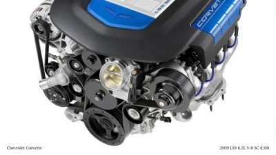 GM LS9 6.2-litre supercharged engine exposed