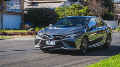 2021 Toyota Camry SL Hybrid review