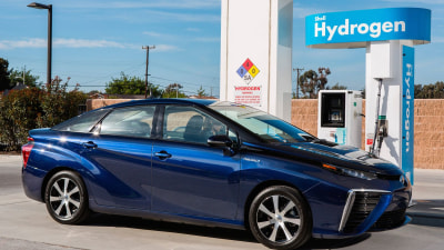 Toyota Mirai Hydrogen Fuel Cell Test-Vehicle Coming To Australia