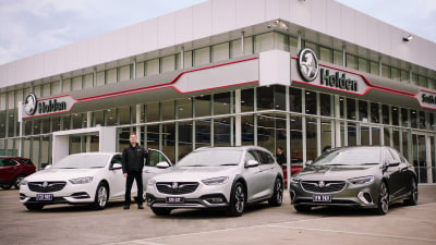 Holden to announce massive discounts to clear stock, showrooms may shut within 'weeks or months'