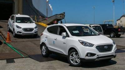 Hydrogen Hyundai: ix35 Fuel Cell SUVS Arrive In America