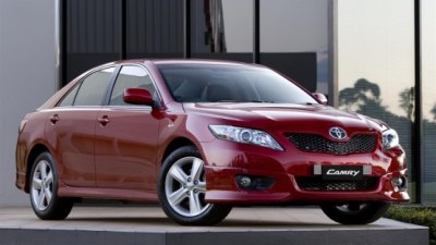 2009 Toyota Camry Updated, Gains Improved Fuel Economy