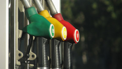 Which fuel type do I need? Petrol, diesel, E10, LPG… what's the difference?