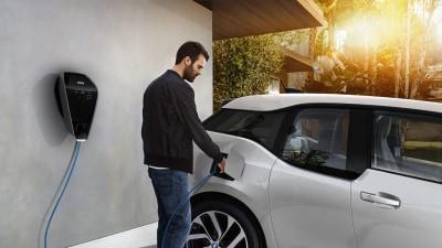 BMW Unveils Next-Generation Smart Charging Network