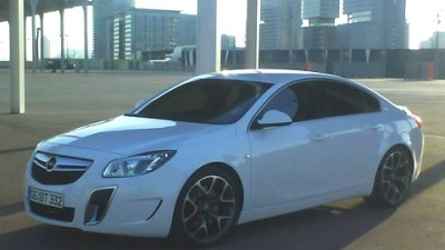 Opel Insignia OPC Turbo V6 Spied Without Camouflage