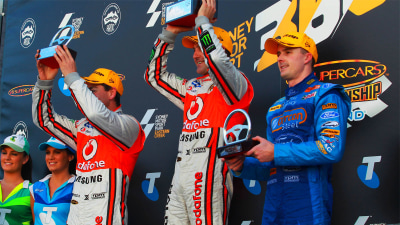 V8SC 2012 Round 9: Team Vodafone Wins Eight In A Row