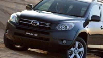 Toyota freezes sales of new V6 RAV4
