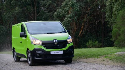 More Grunt And Driveaway Deals For Renault Trafic