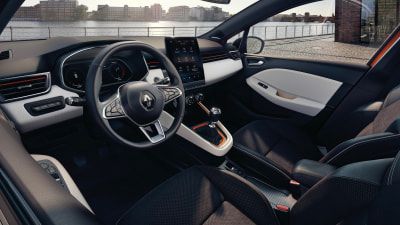 Renault reveals new-look interior for Clio