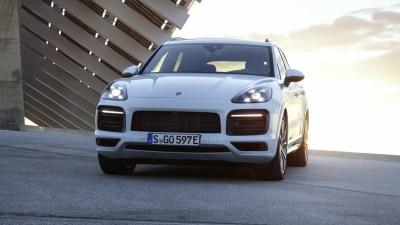 Porsche Cayenne plug-in hybrid revealed