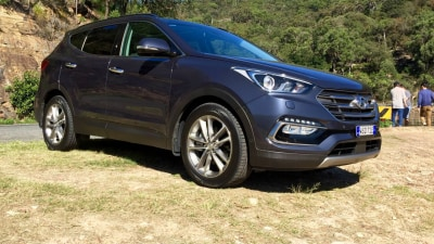2016 Hyundai Santa Fe Highlander REVIEW | Neither Brilliant, Nor Lacking, But 'Just Right'