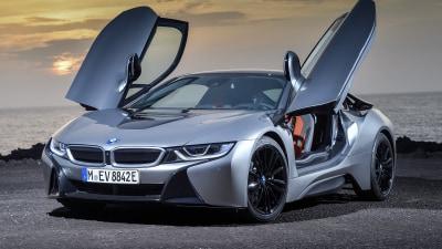 BMW trash-talks Tesla in LA