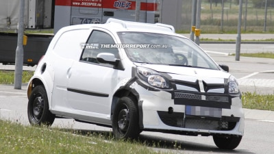 2014 Smart ForFour And Renault Twingo Spied Testing