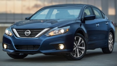 Revised 2016 Nissan Altima Unveiled In USA
