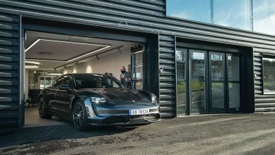 Electric Porsche powers up in Norway
