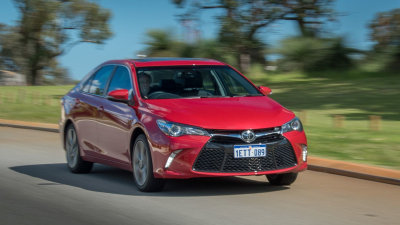 2015 Toyota Camry Atara SL Review - Solid, Quiet, And No Surprises...