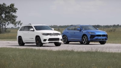 Lamborghini Urus vs Jeep Trackhawk: world's fastest SUVs drag race