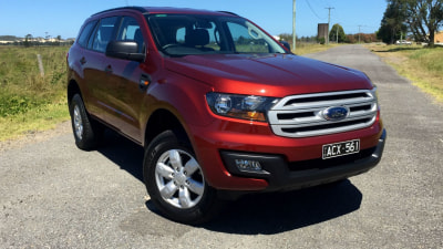 2016 Ford Everest Ambiente REVIEW | Tough, Capable, But Pricey