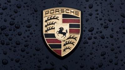 Qatar Makes Official Bid For Porsche Stake