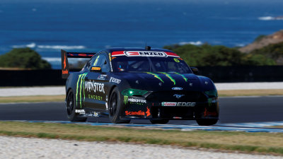 Motorsport: Mustang tops Supercar test
