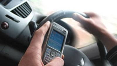NSW Police 24-Hour Blitz Nabs Nearly 1100 Using Mobiles While Driving