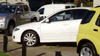 Battle To Avert New Car Dealer Collapses