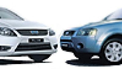 Head to Head: Ford Falcon XT v Ford Territory TX