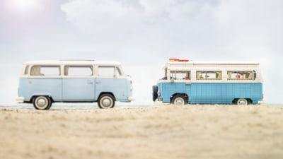Volkswagen T2 Kombi immortalised by Lego