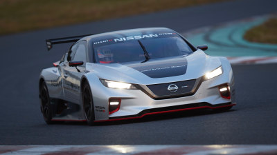 Nissan Leaf Nismo RC hits the track