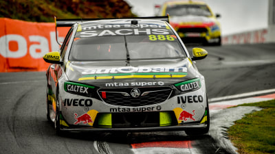 Motorsport: Craig Lowndes and Steven Richards win 2018 Bathurst 1000