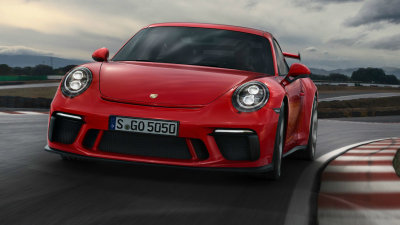 Porsche to maintain 911 tradition 'as long as we can'
