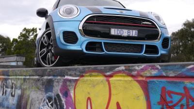 2015 MINI John Cooper Works Auto Review - Huggable On The Outside, Rabid Behind The Wheel