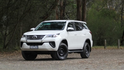 2016 Toyota Fortuner GX Manual Review - Tow, Tow, Tow Your Boat