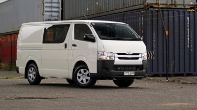 2015 Toyota HiAce  Review - LWB Crew Van: Australia's Favourite Load-Lugger