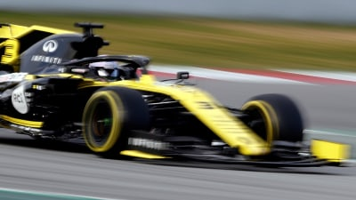 Motorsport: Ricciardo makes strong start to 2019